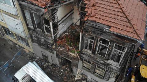 Üsküdar'da Eski Binada Kısmi Çökme Meydana Geldi