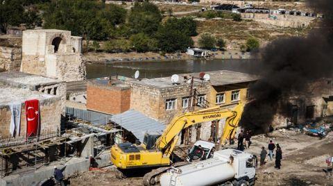Hasankeyf'te Tarihi Çarşı Yıkılıyor