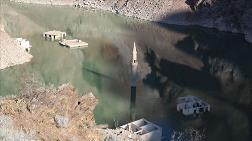 Su Seviyesi Düşünce Baraj Altında Kalan Köy Ortaya Çıktı