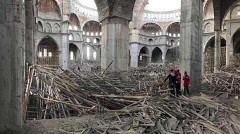 """""""Akkent Camisi İnşaatı Mühendislik Ürünü Değil"""""""