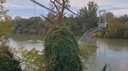 Fransa'da Köprü Çöktü