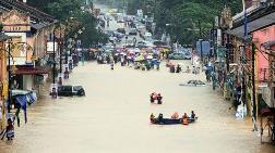 Malezya'da Sel 11 Binden Fazla Kişiyi Yerinden Etti