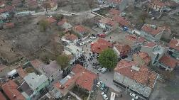 Konya'da Kerpiç Evde Göçük