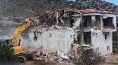 Marmaris'te, İki Kaçak Villa Yıkıldı
