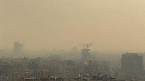 İran'da Hava Kirliliği Eğitime Yine Ara Verdirdi