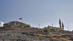 """Nevşehir Kalesi için """"Yenileme"""" Kararı"""