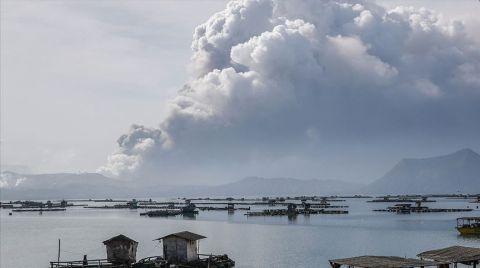 Filipinler'deki Taal Yanardağı'nda İkinci Patlama