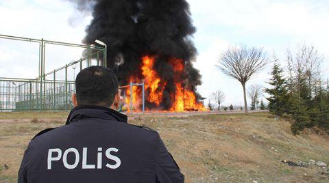 Kayseri'de Çocuk Parkı Benzin Dökülerek Yakıldı