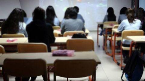 Müteahhit Kaçıp Gitti Öğrenciler Okulsuz Kaldı