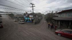 Filipinler'de Taal Yanardağı'nın Bulunduğu Ada Yerleşime Kapatılacak