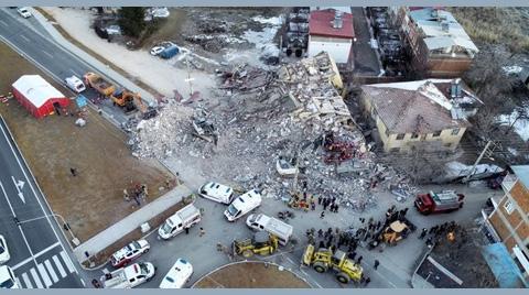"""""""Yaşanan Felaketlere Rağmen Depremlere Karşı Sağlıklı ve Güvenli Yaşam Alanları Oluşturulamamıştır"""""""
