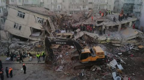 65 Bina Acil Olarak Yıkılacak