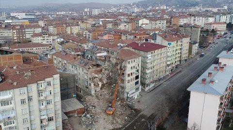TBMM'de Deprem Araştırma Önergeleri Reddedildi