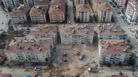 Elazığ Depremiyle İlgili 8 Farklı Soruşturma Açıldı