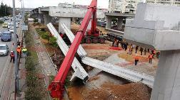 Vinç Kırıldı; Beton Bloklar Kamyonetin Üzerine Düştü
