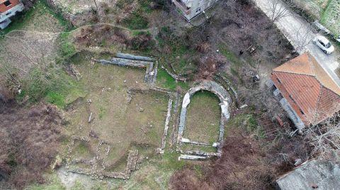 Bahçede Bulunan Roma Eserleri 12 Yıldır Bekliyor