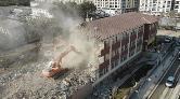 Elazığ'da Depremde Hasar Gören Okullar Yıkılıyor
