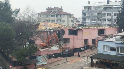 Bursa'da Yarım Asırlık Okul Yıkılıyor