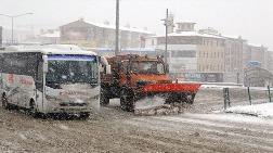 Erzurum'da 57 Yerleşim Biriminin Yolu Kardan Kapandı
