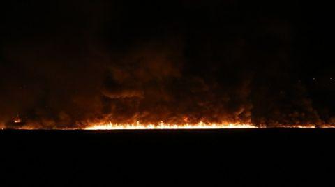 Kaş'taki Sazlık Yangını Söndürüldü