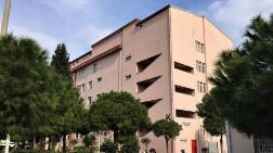 İzmir'deki Hastanede Korkutan Yarıklar