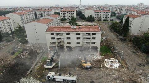 Zeytinburnu'nda Millet Bahçesi için Yıkım Çalışmaları Başladı
