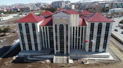 Erzurum İl Halk Kütüphanesi Açılış için Gün Sayıyor