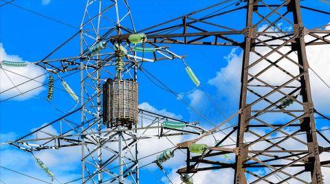 Kovid-19 Türkiye'nin Elektrik Ticaretini Olumsuz Etkileyecek
