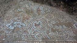 Side'de İnşaat Kazısında Mozaikler Bulundu