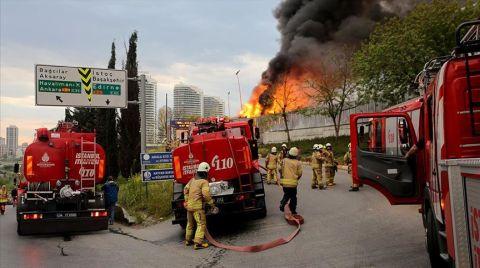 İstanbul'da Atık Tesisinde Yangın