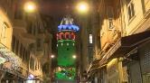 Galata Kulesi ve Köprüler Azerbaycan Bayrağının Renkleriyle Aydınlatıldı