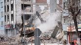 """""""5 Büyüklüğündeki Depremde Kerpiç Evler Yıkılır"""""""