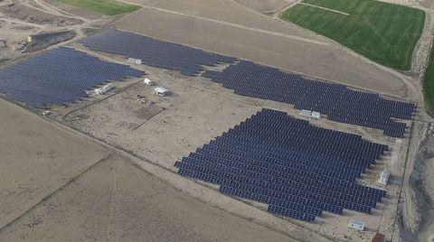 En Büyük Güneş Enerjisi Santralinde Panel Montajı Temmuzda