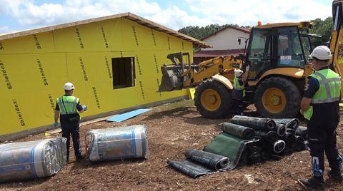 Silivri'de 4 Kaçak Yapı Yıkıldı