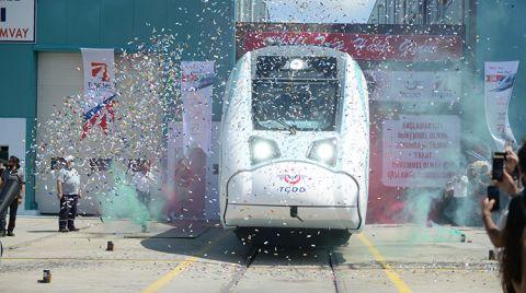 Milli Elektrikli Trenin Fabrika Testleri Başlatıldı