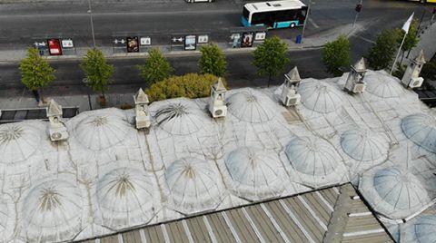 Tarihi Camide Tepki Çeken Görüntü