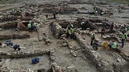 Seyitömer Höyüğü'ndeki Kazılar Tarihe Işık Tutuyor