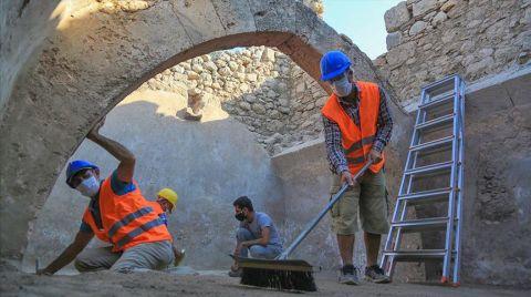 Beçin Antik Kenti'nde 7 Asırlık Sarnıç Bulundu