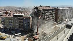 Elazığ'da Yıkımlar Hızlandırıldı