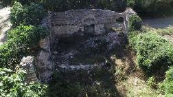 Sultangazi'deki Tarihi Kilise Harabeye Döndü