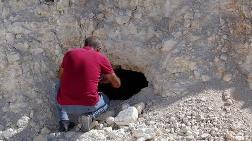 Van'da 3 Bin Yıllık Kaya Mezarları Bulundu