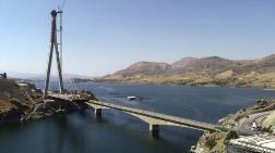 Kömürhan Köprüsü'nün Son Kaynağını Bakan Karaismailoğu Yaptı