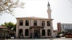 Aslına Uygun Yenilenen Orhan Gazi Camisi İbadete Açıldı