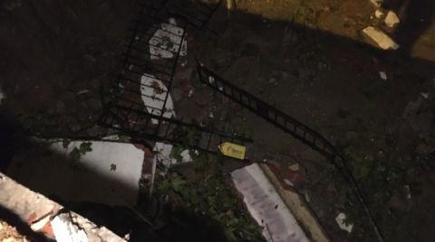 Kartal'da Bir Apartmanın İstinat Duvarı Çöktü