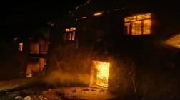 Tunceli'de, 4 Ev Yandı