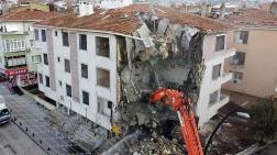 Büyükçekmece'de 8 Bina Yıkıldı