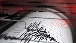 İzmir'de 4.2 Büyüklüğünde Deprem