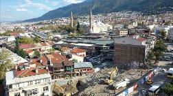 Bursa'da Tarihi Çarşı ve Hanlar Bölgesi'nde Çalışmalar Sürüyor