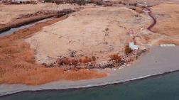Van Gölü Çekilince Liman Kalıntıları Ortaya Çıktı
