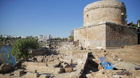 Antalya'da Buz Fabrikası Kalıntıları Ortaya Çıkarıldı
